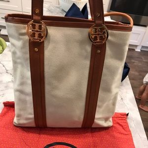 Tory Burch Bags - Tory Burch Canvas & Leather Tote/Crossbody Bag